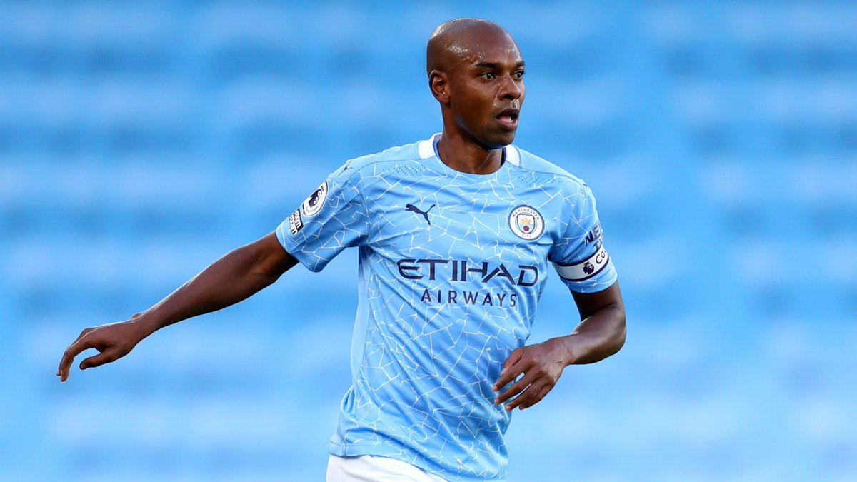 Fernandinho is on the verge of agreeing a new one-year contract at Manchester City